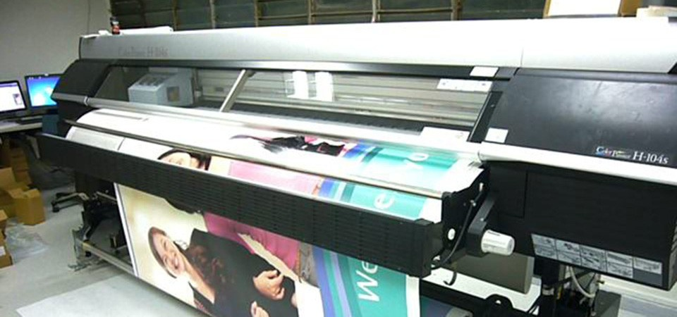 Printing Services in Singapore: Making Services vs. Interior Publishing