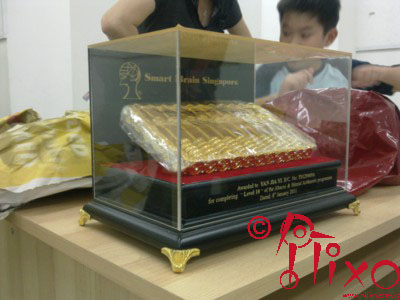 Gift box personalized with engraved gold painted